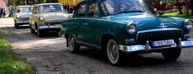Neuvostoajan autot ovat todella kauniita.